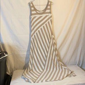 Calvin Klein Maxi Dress Tan/White Size 8 EUC